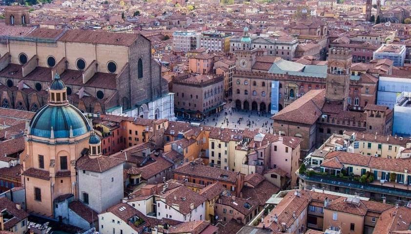 città bolognese